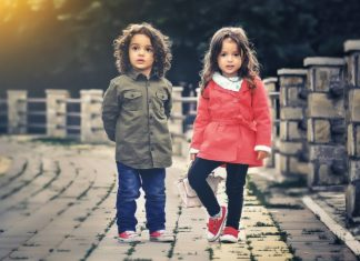 オーストラリアで医療に従事するために必要な手続き(1) Working with Children Check