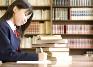 オーストラリアの医学部に進もうかと考えている日本の女子高生からの悩みに、ごとうひろみちが答えてみた