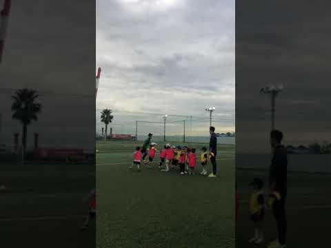 某インターナショナルスクールで英語サッカー教室開始!
